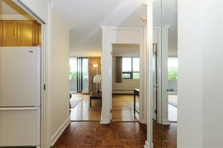 """Photo 4: 404 5350 BALSAM Street in Vancouver: Kerrisdale Condo for sale in """"Balsam House"""" (Vancouver West)  : MLS®# R2301031"""
