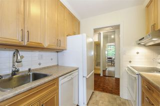 """Photo 10: 404 5350 BALSAM Street in Vancouver: Kerrisdale Condo for sale in """"Balsam House"""" (Vancouver West)  : MLS®# R2301031"""
