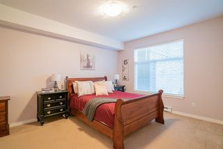 """Photo 13: 206 2068 SANDALWOOD Crescent in Abbotsford: Central Abbotsford Condo for sale in """"The Sterling"""" : MLS®# R2325184"""