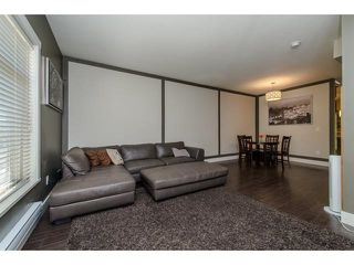 """Photo 9: 11 2950 LEFEUVRE Road in Abbotsford: Aberdeen Townhouse for sale in """"cedar landing"""" : MLS®# R2327293"""