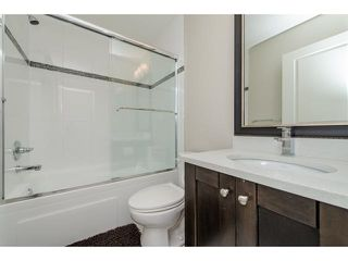 """Photo 14: 11 2950 LEFEUVRE Road in Abbotsford: Aberdeen Townhouse for sale in """"cedar landing"""" : MLS®# R2327293"""