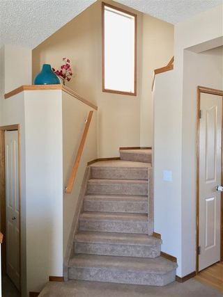 Photo 5: 44 JOICE Close NW: Red Deer House for sale : MLS®# E4143239