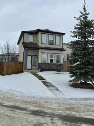 Photo 2: 44 JOICE Close NW: Red Deer House for sale : MLS®# E4143239