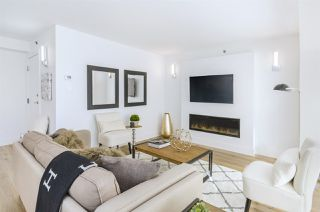 "Photo 3: 903 238 ALVIN NAROD Mews in Vancouver: Yaletown Condo for sale in ""Pacific Plaza"" (Vancouver West)  : MLS®# R2345160"