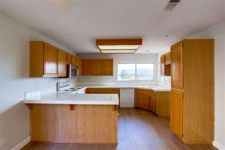 Photo 6: BONSALL House for sale : 3 bedrooms : 5717 Kensington Pl
