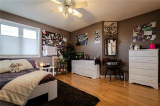 Photo 31: 1302 STRATHCONA Drive SW in Calgary: Strathcona Park Detached for sale : MLS®# C4235711