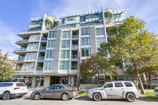 "Main Photo: 608 2528 MAPLE Street in Vancouver: Kitsilano Condo for sale in ""PULSE"" (Vancouver West)  : MLS®# R2354707"