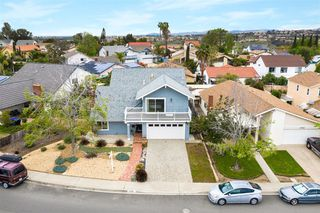 Photo 2: MIRA MESA House for sale : 4 bedrooms : 8780 Bralorne Way in San Diego