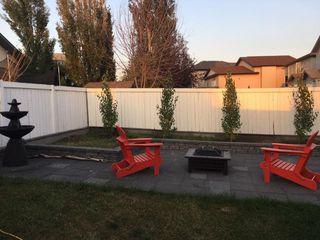 Photo 2: 3216 27 Avenue in Edmonton: Zone 30 House for sale : MLS®# E4152499
