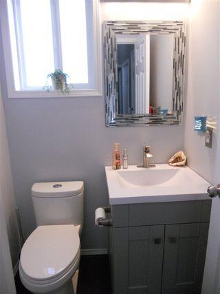 Photo 15: 3216 27 Avenue in Edmonton: Zone 30 House for sale : MLS®# E4152499
