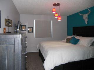 Photo 9: 3216 27 Avenue in Edmonton: Zone 30 House for sale : MLS®# E4152499