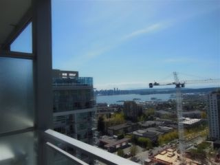 "Photo 1: 1805 125 E 14TH Street in North Vancouver: Central Lonsdale Condo for sale in ""Centreview Tower B"" : MLS®# R2364010"