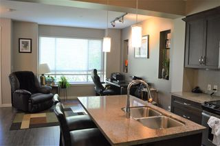 "Photo 3: 33 23986 104 Avenue in Maple Ridge: Albion Townhouse for sale in ""SPENCER BROOK ESTATES"" : MLS®# R2364165"
