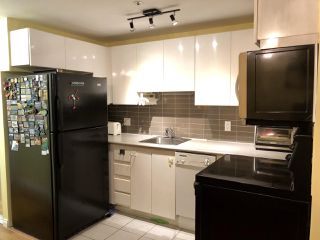 """Photo 9: 308 588 BROUGHTON Street in Vancouver: Coal Harbour Condo for sale in """"Harbourside Park"""" (Vancouver West)  : MLS®# R2367140"""