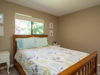 Photo 10: 2860B COUNTRY Close in CAMPBELL RIVER: CR Willow Point Half Duplex for sale (Campbell River)  : MLS®# 813934