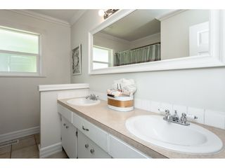 Photo 13: 2109 VINEWOOD Street in Abbotsford: Central Abbotsford House for sale : MLS®# R2370181