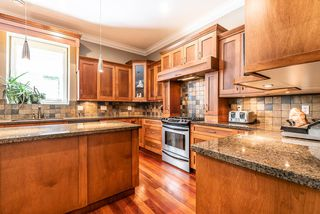 "Photo 8: 1019 JAY Crescent in Squamish: Garibaldi Highlands House for sale in ""Thunderbird Creek"" : MLS®# R2375998"