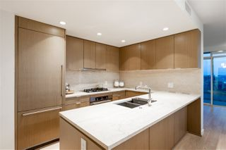"Photo 10: 804 125 E 14TH Street in North Vancouver: Central Lonsdale Condo for sale in ""CENTREVIEW"" : MLS®# R2379594"