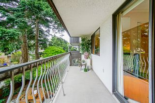 "Photo 22: 203 1330 MARTIN Street: White Rock Condo for sale in ""The Coach House"" (South Surrey White Rock)  : MLS®# R2382473"