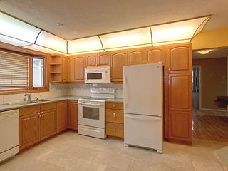 Photo 5:  in Edmonton: Zone 20 House for sale : MLS®# E4163670