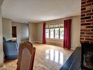 Photo 3:  in Edmonton: Zone 20 House for sale : MLS®# E4163670