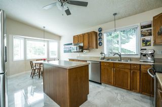 Photo 5: 5627 188A Street in Edmonton: Zone 20 House for sale : MLS®# E4163760