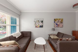 Photo 2: 1831 VENABLES Street in Vancouver: Hastings House 1/2 Duplex for sale (Vancouver East)  : MLS®# R2386995