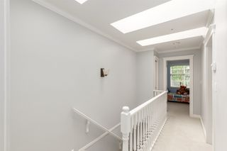 Photo 9: 1831 VENABLES Street in Vancouver: Hastings House 1/2 Duplex for sale (Vancouver East)  : MLS®# R2386995