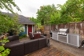 Photo 19: 1831 VENABLES Street in Vancouver: Hastings House 1/2 Duplex for sale (Vancouver East)  : MLS®# R2386995