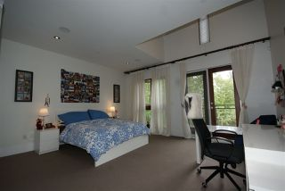 Photo 9: 5912 CHANCELLOR Boulevard in Vancouver: University VW House 1/2 Duplex for sale (Vancouver West)  : MLS®# R2397816