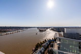 """Photo 16: 3202 908 QUAYSIDE Drive in New Westminster: Quay Condo for sale in """"Riversky 1"""" : MLS®# R2410359"""