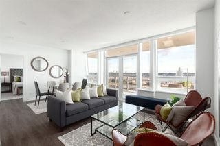 """Photo 2: 3202 908 QUAYSIDE Drive in New Westminster: Quay Condo for sale in """"Riversky 1"""" : MLS®# R2410359"""
