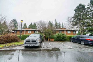 Photo 3: 322 10620 150 Street in Surrey: Guildford Townhouse for sale (North Surrey)  : MLS®# R2422717