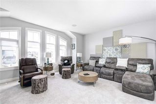 Photo 10: 811 New Brighton Drive SE in Calgary: New Brighton Detached for sale : MLS®# C4300093