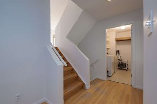 Photo 8: 9622 100 Street in Edmonton: Zone 12 House for sale : MLS®# E4202546