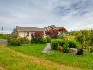 Photo 1: 2331 Quennell Rd in NANAIMO: Na Cedar Single Family Detached for sale (Nanaimo)  : MLS®# 842840