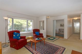 "Photo 3: 258 APRIL Road in Port Moody: Barber Street House for sale in ""BARBER STREET"" : MLS®# R2477183"
