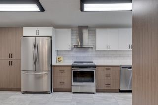 Photo 4: 7212 89 Avenue in Edmonton: Zone 18 House for sale : MLS®# E4207890
