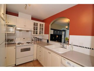 "Photo 3: 417 5900 DOVER Crescent in Richmond: Riverdale RI Condo for sale in ""HAMPTONS"" : MLS®# V909418"