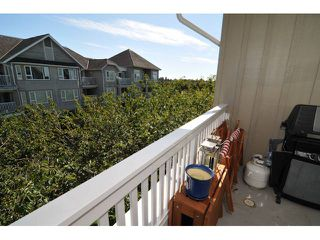 "Photo 8: 417 5900 DOVER Crescent in Richmond: Riverdale RI Condo for sale in ""HAMPTONS"" : MLS®# V909418"