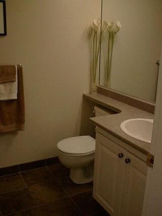 Photo 24: FABULOUS RENOVATED 2-BR IN FAIRVIEW!