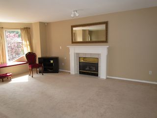 Photo 3: 35335 SANDY HILL RD in ABBOTSFORD: Abbotsford East House for rent (Abbotsford)