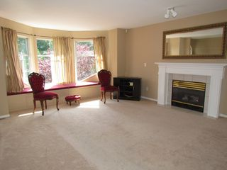 Photo 2: 35335 SANDY HILL RD in ABBOTSFORD: Abbotsford East House for rent (Abbotsford)