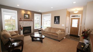 Photo 6: 47 Courageous Cove in Winnipeg: Transcona Residential for sale (North East Winnipeg)  : MLS®# 1220821