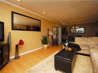 Photo 5: 314 3225 Eldon Pl in VICTORIA: SW Rudd Park Condo for sale (Saanich West)  : MLS®# 684850