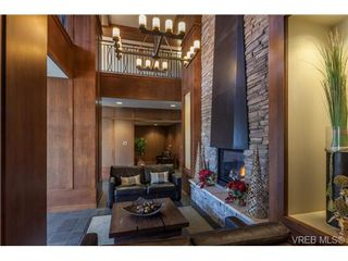 Photo 3: 223 1400 Lynburne Pl in VICTORIA: La Bear Mountain Condo for sale (Langford)  : MLS®# 687735