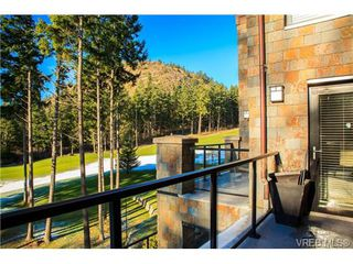Photo 9: 223 1400 Lynburne Pl in VICTORIA: La Bear Mountain Condo for sale (Langford)  : MLS®# 687735