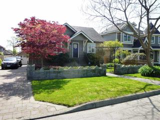 Photo 2: 2140 DUBLIN Street in New Westminster: Connaught Heights House for sale : MLS®# V1115352