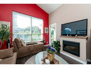 "Photo 10: 401 275 ROSS Drive in New Westminster: Fraserview NW Condo for sale in ""The Grove"" : MLS®# V1128835"