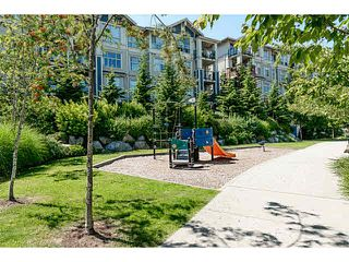 "Photo 5: 401 275 ROSS Drive in New Westminster: Fraserview NW Condo for sale in ""The Grove"" : MLS®# V1128835"